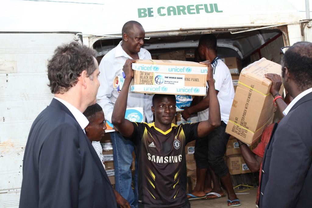 10-09-2014WorldBank_Ebola