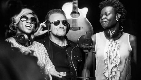 Nigerian singer Waje, Bono, and Zimbabwean singer Selmor Mtukudzi