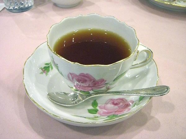 Meissen-teacup_pinkrose01